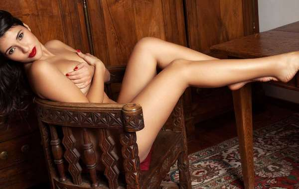 Indian Escorts in Dubai meet Here is Amazing Girl give you collection of beauties