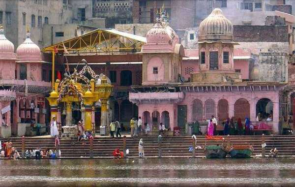 Mathura Vrindavan Trip by mathuravrindavantourpackages.com