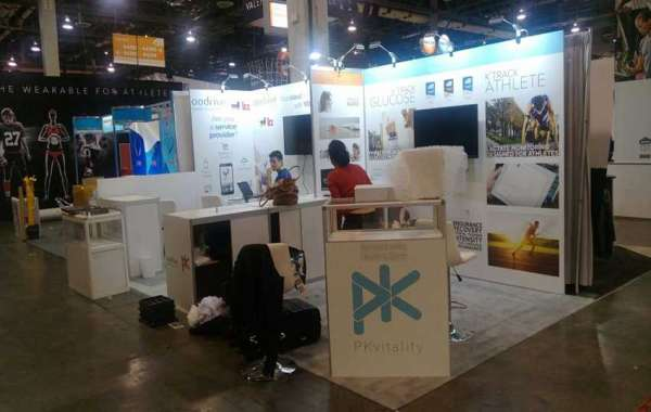 Creative ideas for attracting visitors of trade show exhibition stand