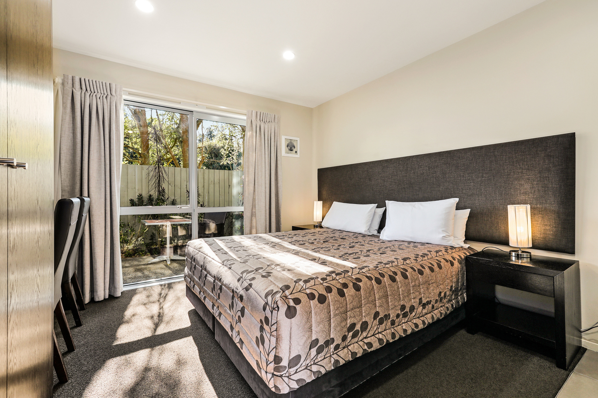AMORE MOTORLODGE   Christchurch, New Zealand, New Zealand   Hotel & Motel brokers   OraPages.com - FREE Business         Directory