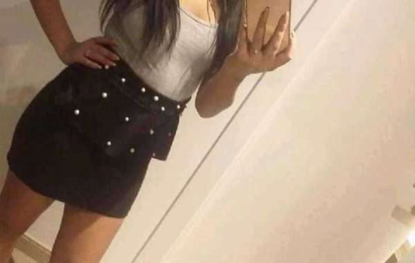 Hire Sexy Call Girl in Surat Escorts Agency | Book On whatapp now