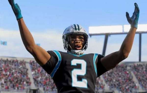 What do you get if you win a Solo Battle in Madden 22?