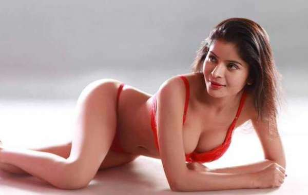 Get Your Things Going in Bed with Sexy Call Girls in Mumbai